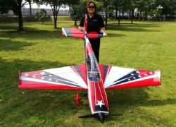 AEROMODELO 78 EXTRA 300 V3 Red/Black/White EXTREME FLIGHT