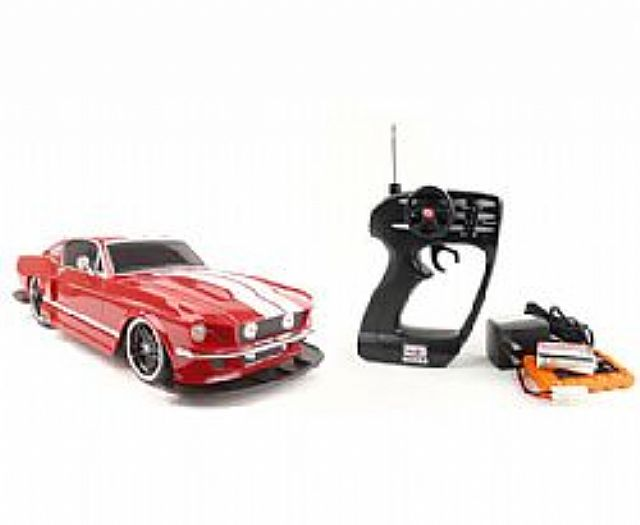 Ford Mustang GT 1967 - MAISTO - 1:12